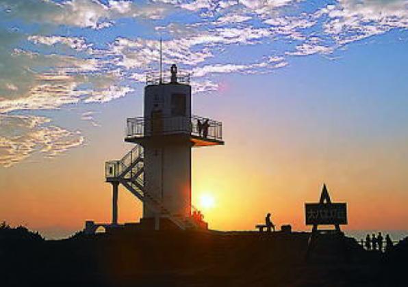 生月大バエ灯台